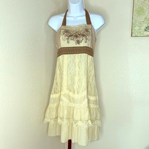 Lulumari boho chic embroidered halter dress med